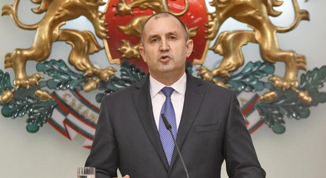 На 31 март, вторник, президентът Румен Радев Румен Георгиев Радев