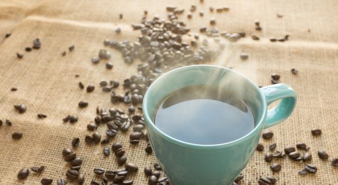 Заповед забранява уличните кафета
