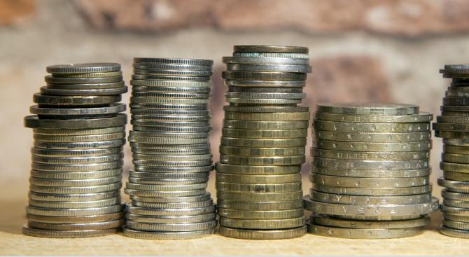В България не всяка фирма и домакинство имат заделени пари.