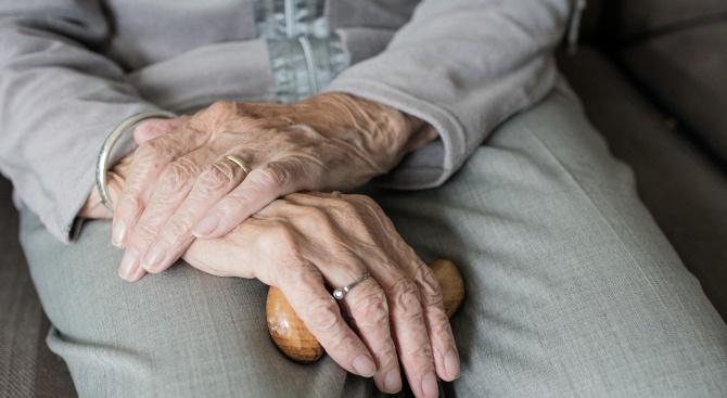 Жена на 101 г., която е била заразена с коронавирус,