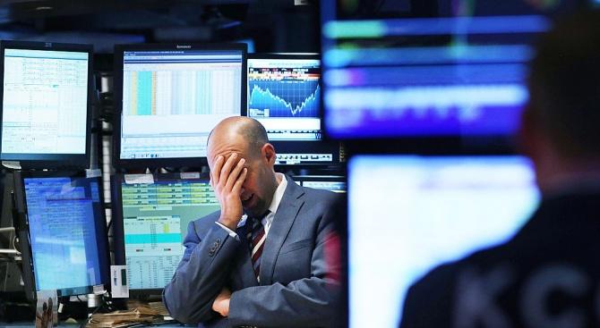 Световните пазари на акции приключват най-ужасното си тримесечие от повече
