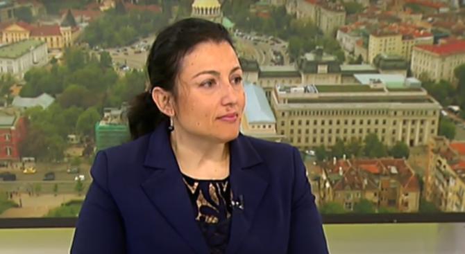Десислава Танева: Храните не са заразопреносител
