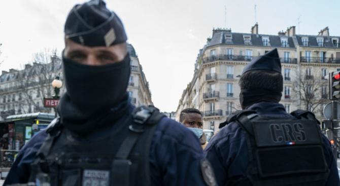 Във Франция са направени близо 6 млн. полицейски проверки във връзка с карантината заради коронавируса
