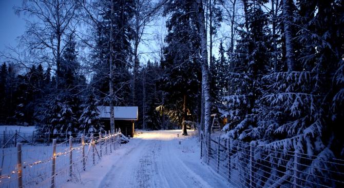 Между 15 и 80 см е снежната покривка в Кюстендилско