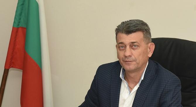 Кметът на Лом Георги Гаврилов заяви, че обмисля сериозно възможността