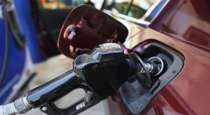 Търговците на горива вече могат да подават по електронен път
