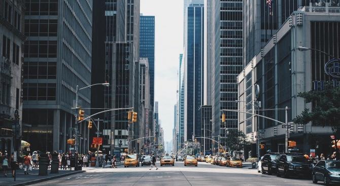 Кметът на Ню Йорк Бил де Блазио призова жителите на
