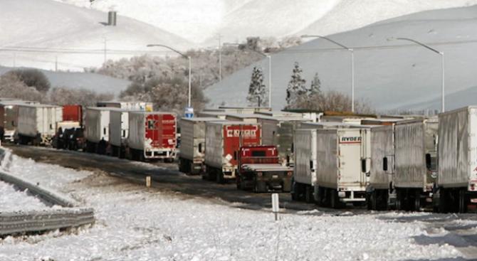 """Тежка верижна катастрофа на магистрала """"Марица"""", има ранени"""