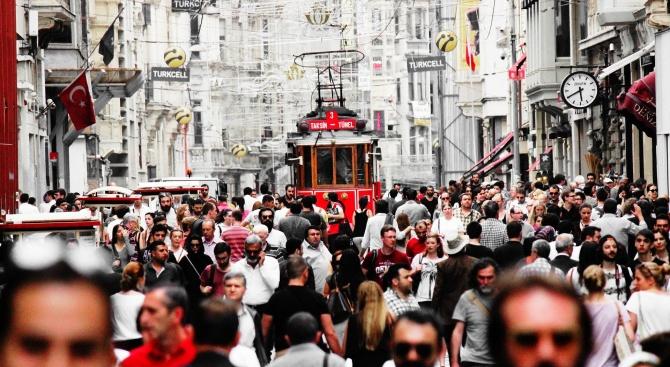 Над 2 милиона работници в Турция са изгубили работата си
