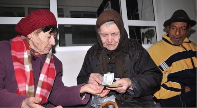 Доброволци ще помагат при изплащането на пенсиите в Хасково