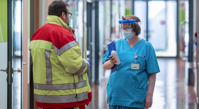 Капацитетът за хоспитализация на пациенти в Сърбия е надвишен