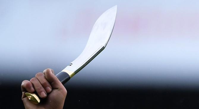Най-малко двама души са загинали след атака с нож във