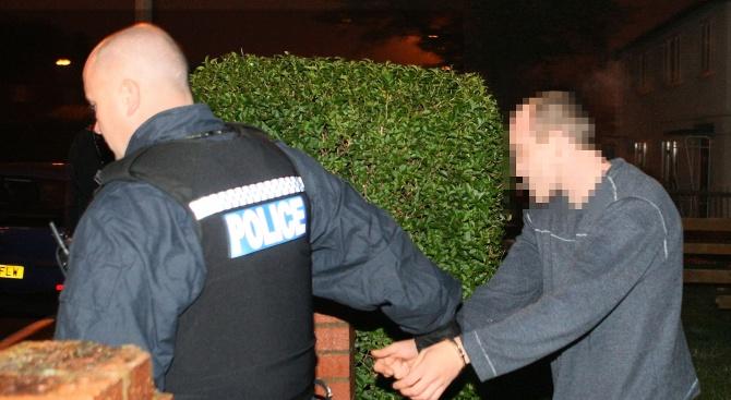 Варненски полицаи засякоха наркодилър по интересен начин