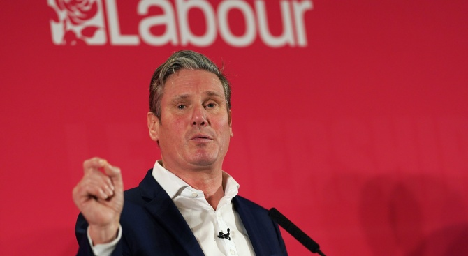 Британската главна опозиционна партия избра днес за свой лидер Киър