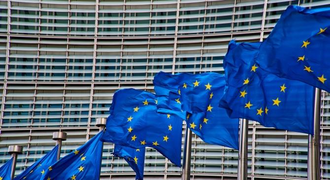 ЕС одобри държавна помощ в борбата срещу коронавируса за Португалия, Полша и Гърция