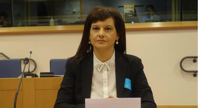 Дариткова: Решенията за мерките се вземат, като се гледа общият баланс