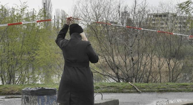 Въпреки ограниченията в София имаше хора по градинките