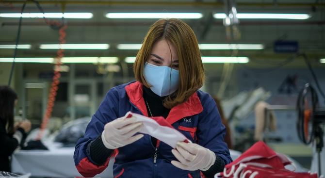 Китай е изнесъл близо четири милиарда предпазни маски