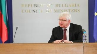 Кирил Ананиев:  Отменям заповедта за носенето на маски на обществени места