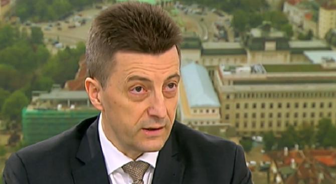 Петър Андронов:  Мораториумът върху кредитите дава възможност на хората да останат с чисто досие