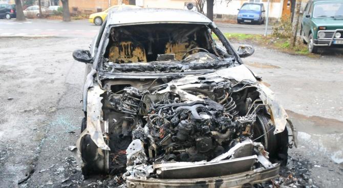 Мъж от Сливен е задържан за палеж на автомобили, съобщиха
