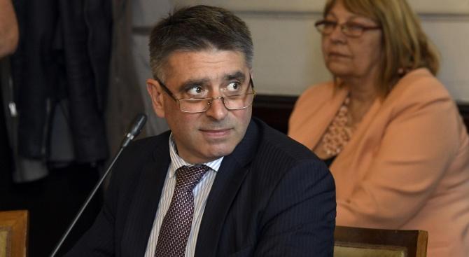 Министърът на правосъдието Данаил КириловДанаил Кирилов е роден на 25