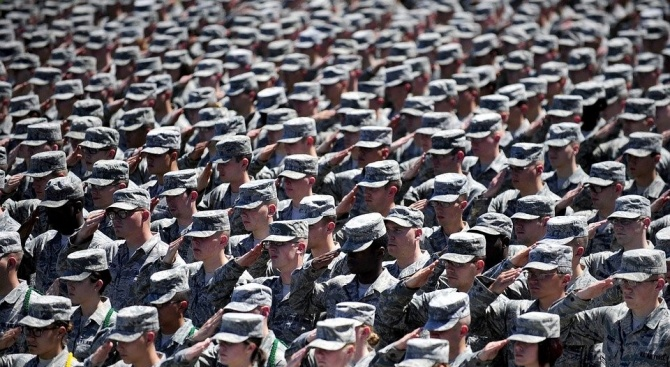 Командването на контингента на САЩ в Южна Корея задължи военните,