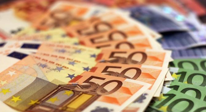 Европейската комисия освободи един милиард евро от Европейския фонд за