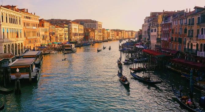 Загубите на туристическия сектор на Италия от разпространението на коронавируса