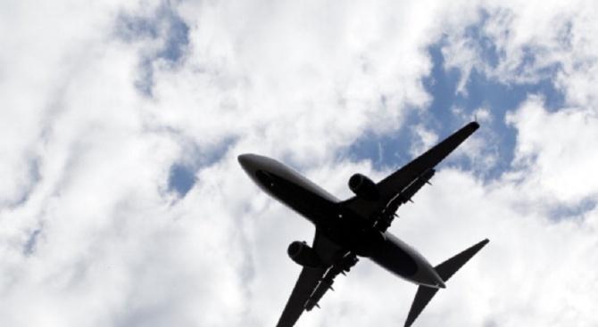 Значителен спад на пътникопотока, отчитат от летище София през март.