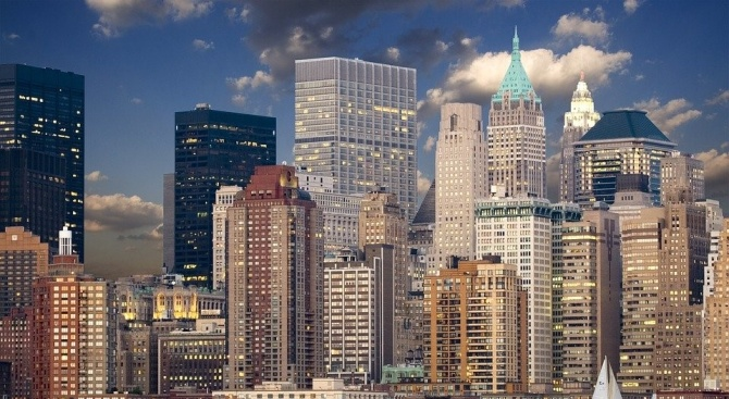 Губернаторът на Ню Йорк: Възможно е епидемията от COVID-19 да е стигнала фаза на плато