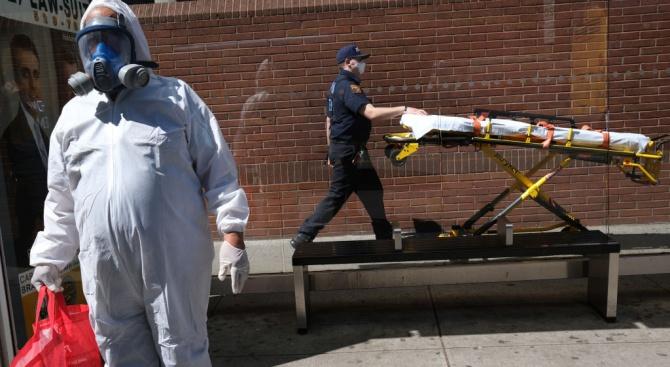 В САЩ броят на починалите от коронавируса надхвърли 10 000