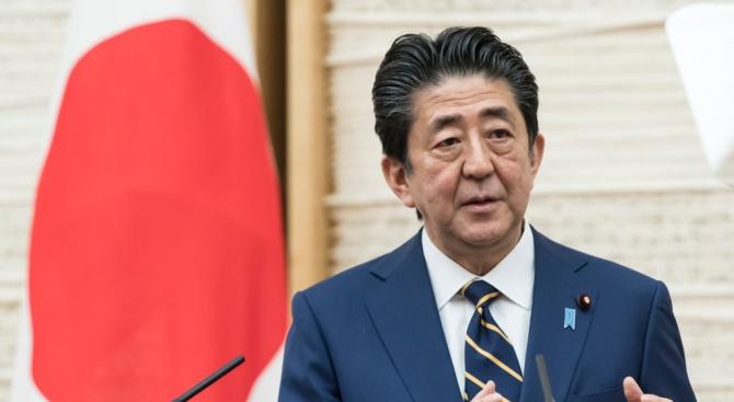 Японският премиер обяви извънредно положение в Токио и други засегнати от вируса региони