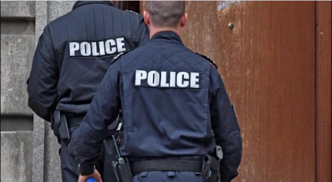 Вижте издирваните от СДВР двама престъпници, полицията с предупреждение за тях