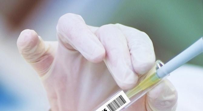Руски научен център обяви, че е готов още през юни да тества върху хора ваксини срещу COVID-19