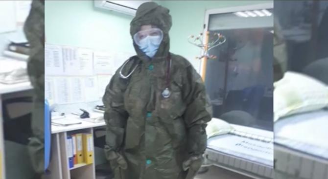 Медиците в болницата във Враца използват костюми за радиация срещу COVID-19