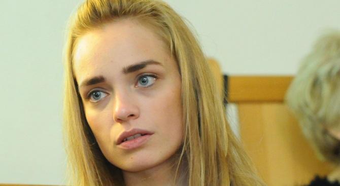 Ирена Милянкова раздели децата си заради пандемията