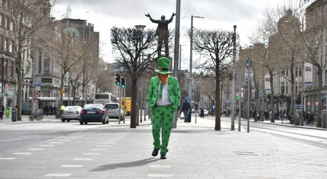 В Ирландия поставят пътни заграждения, за да ограничат движението по великденските празници