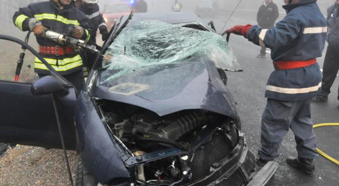 Меле на пътя Ламбриново - Смилец: Млада жена загина