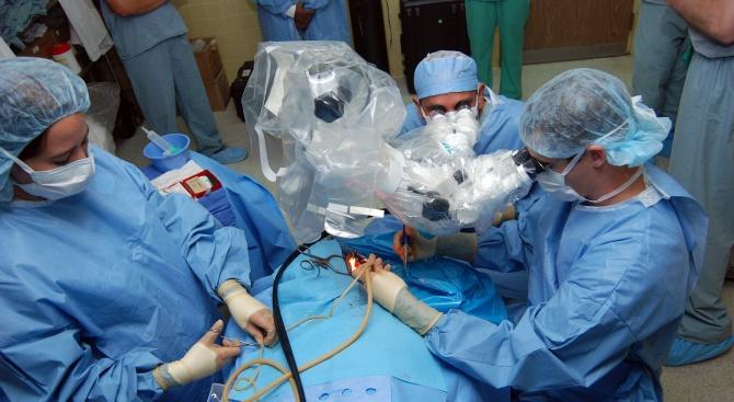 Спасиха пациент с 5-сантиметров тромб в сърцето в столична болница