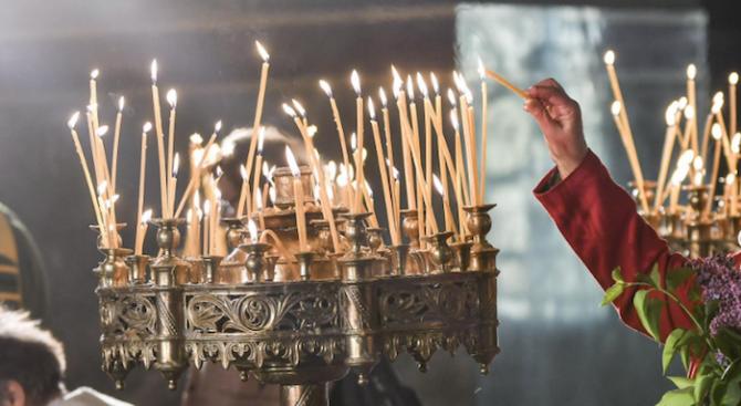 Всички празнични литургии в Димитровград ще бъдат излъчвани онлайн