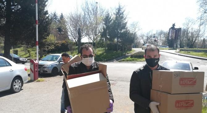НФСБ в Бургас дари предпазни шлемове и маски за медиците на първа линия
