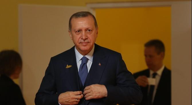 Ердоган настоя за конкретни мерки срещу коронавируса на съвет на тюркоезичните държави