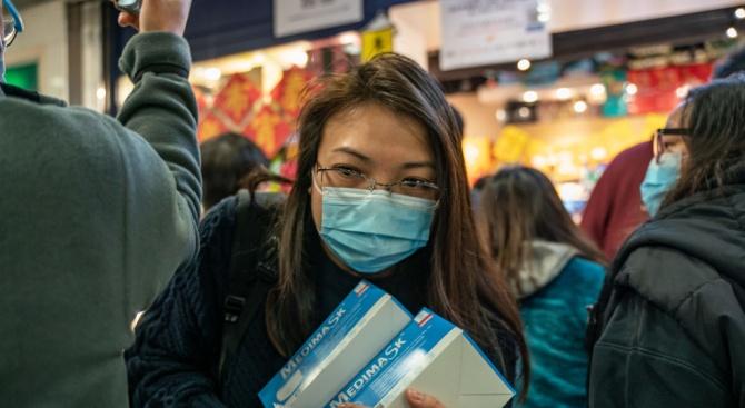 Китай налага по-строги ограничения върху износа на маски и други