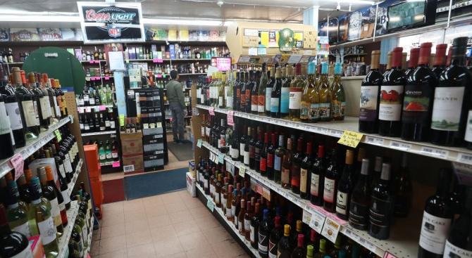 Продажбите на алкохолни напитка в САЩ са скочили с 22