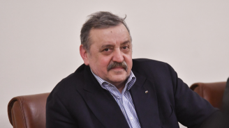 Проф. Кантарджиев: Отварянето на пазарите не разхлабва противоепидемичните мерки, ако мерките се спазват стриктно