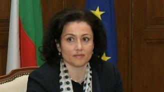 Танева: Не откриваме топлата вода с идеята за повече български стоки във веригите