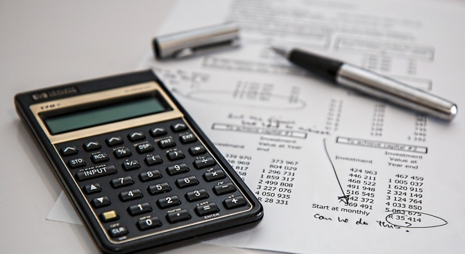 Финансист коментира мерките на банките за отсрочване на кредитите