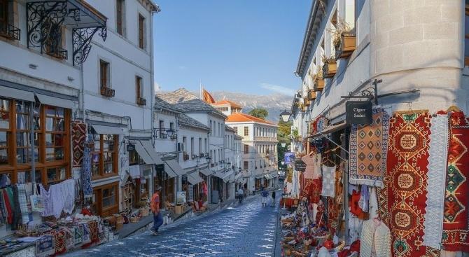 Албанското правителство обяви, че се разширява интервалът, в който гражданите