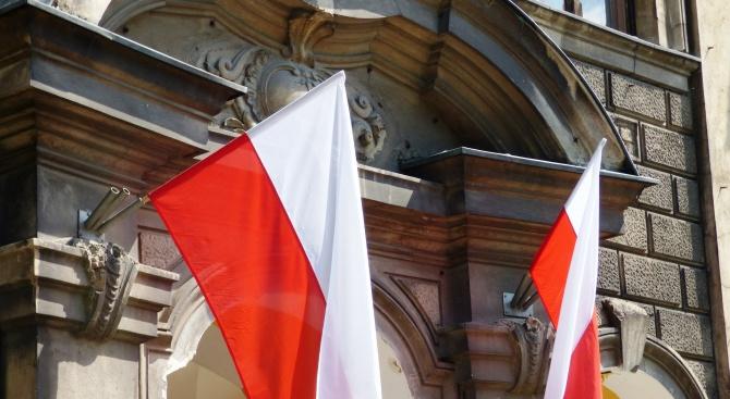 Забраняват със закон абортите в Полша?